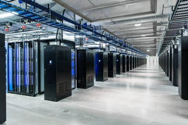 "Facebook把旧数据""冷冻""起来,这是在干嘛?"