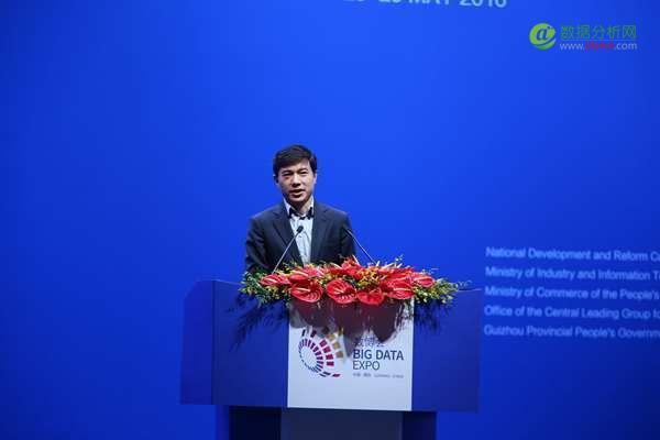 李彦宏:希望首个只允许无人车行驶的城市出现在中国