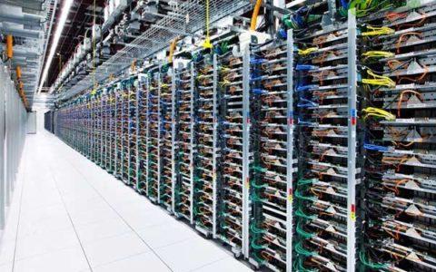 谷歌与亚马逊均新建数据中心:云服务竞争惨烈