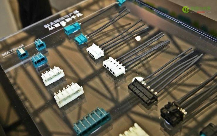 如何利用机器学习实现有噪声标签样本分类模型?