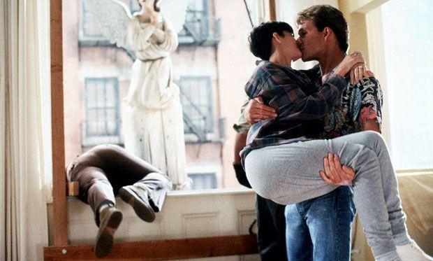 "Netflix一位数据科学家剪出了上百部爱情片,想教AI认识""亲吻"""