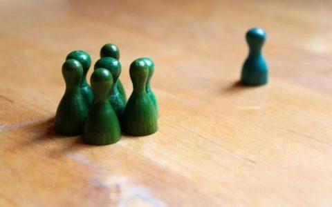职场招聘中的歧视与偏见,竟然被 AI 工具给解决了?